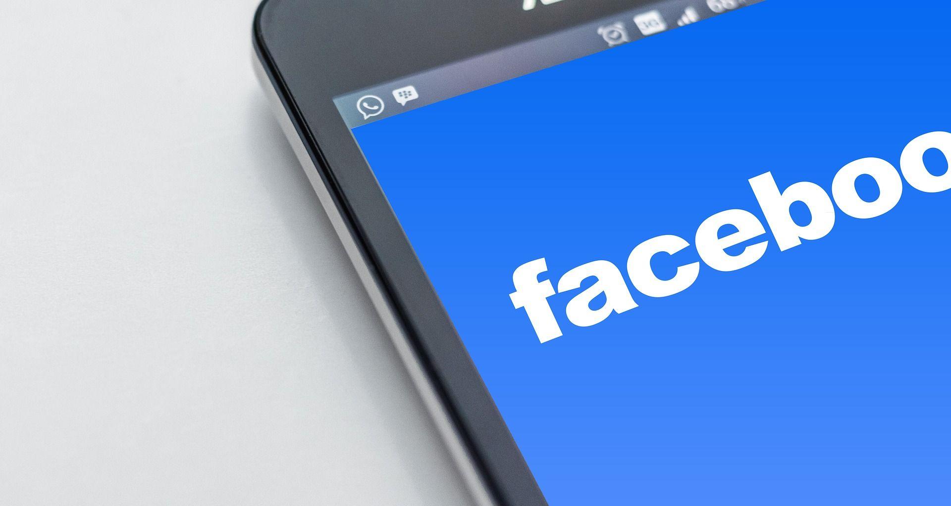 Las 5 razones por las que debes tener una página de Facebook para tu negocio (y no un perfil personal)